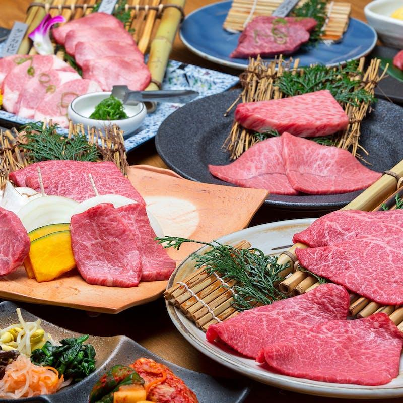 【贅沢食べ比べ会席】黒毛和牛を贅沢に堪能できる全10品