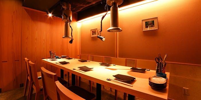 記念日におすすめのレストラン・個室炭火焼肉 有田牛 本店の写真1