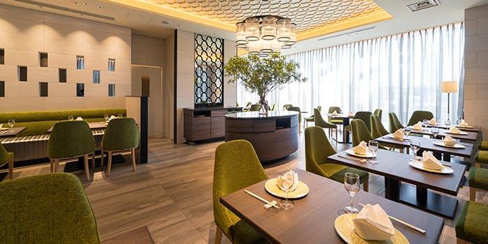 記念日におすすめのレストラン・銀座アスター 目黒テラスの写真1