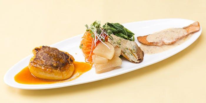 谷根千エリア ランチ 本格的 おすすめ レストランMOMO レストラン モモ フレンチ メニュー