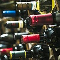 200種以上のワインセレクションから選ぶペアリングメニュー