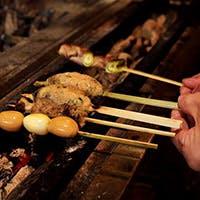 高級紀州備長炭を使って焼き上げる串と逸品料理