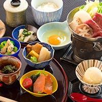 日本庭園、器、書、お花、作法等、様々な和の伝統文化を五感で愉しむ「割烹六つ葵」