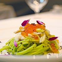 繊細な料理とワインのペアリングを愉しむ美食時間