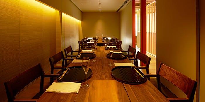 記念日におすすめのレストラン・銀座 つるの写真1