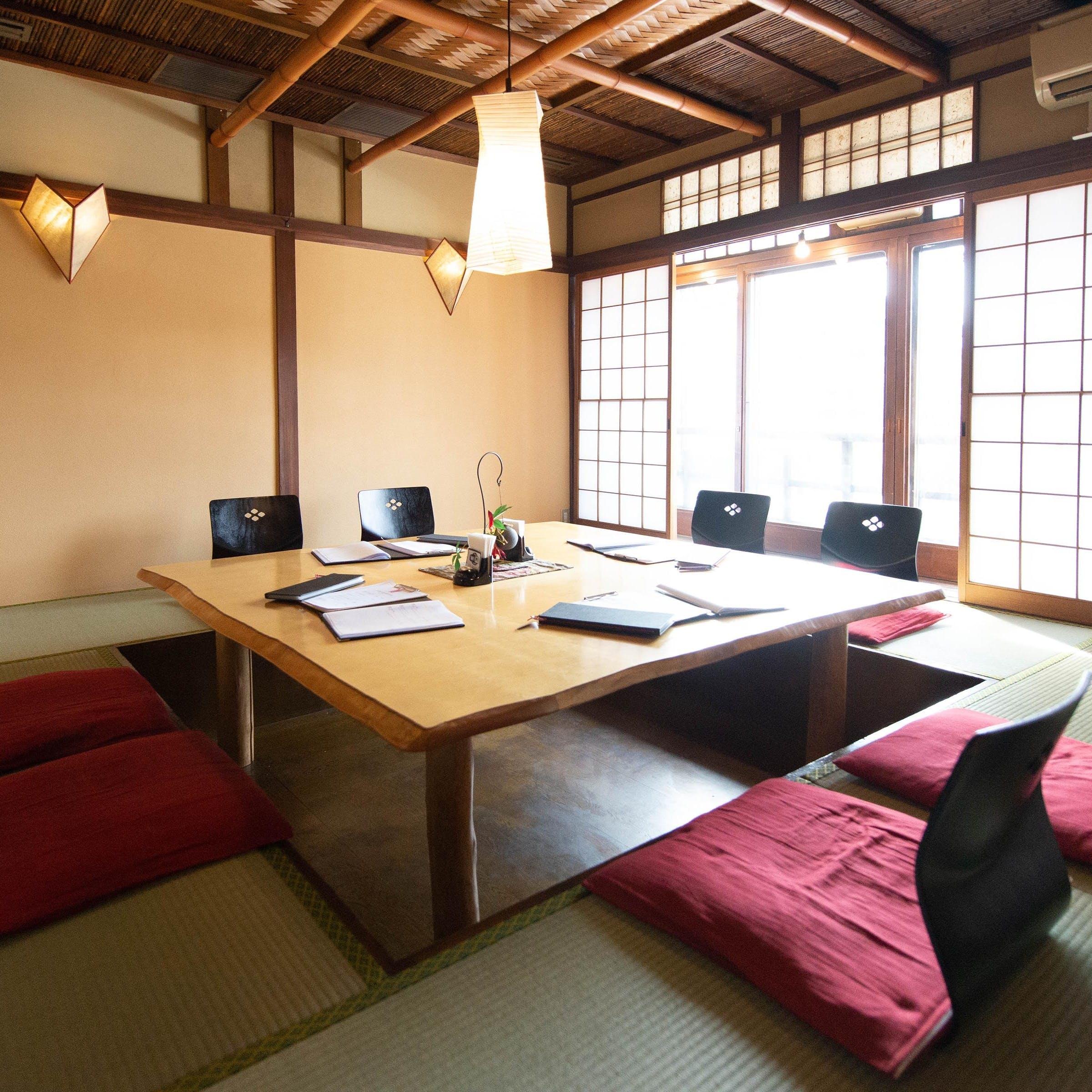京町屋の掘りコタツ・和個室も完備