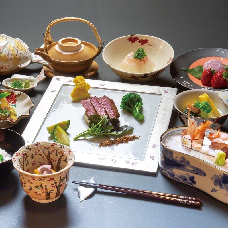 【料理長おまかせ会席 花】まほろば赤牛のメインなど+1ドリンク(五風十雨)