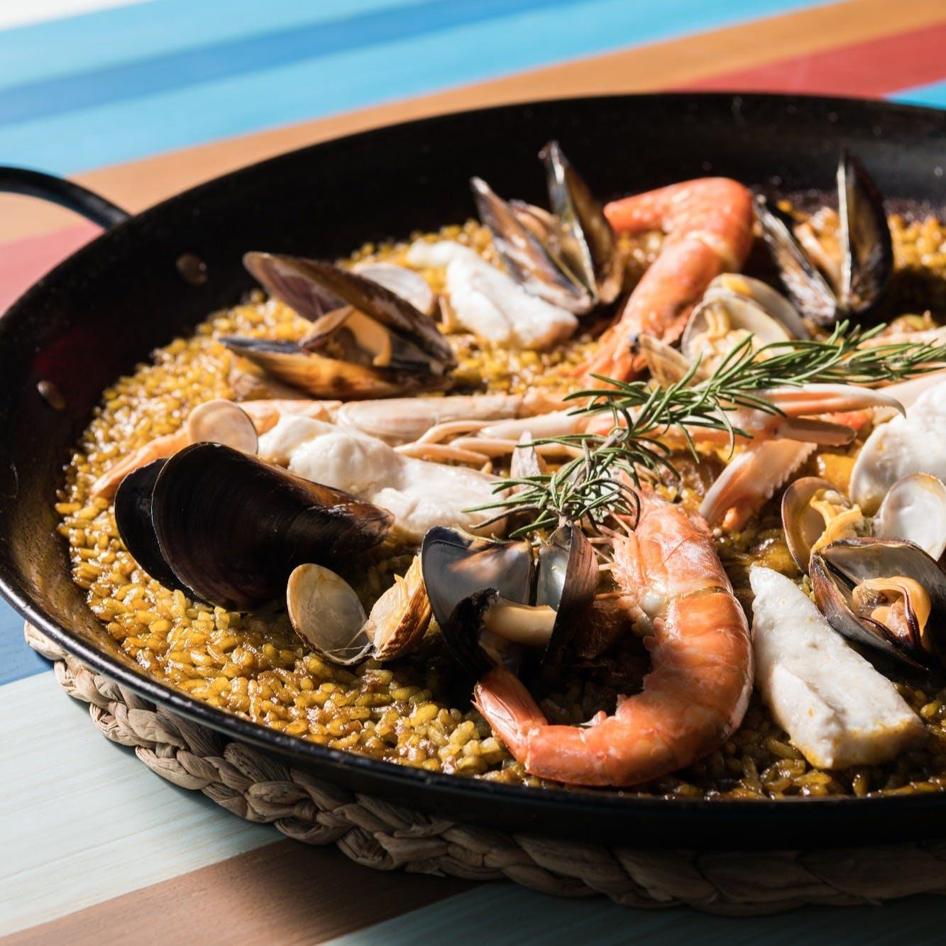 バルセロナで一番美味しいパエリアを提供するシーフードレストラン