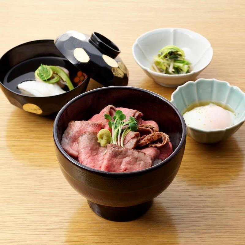 【ローストビーフ丼】
