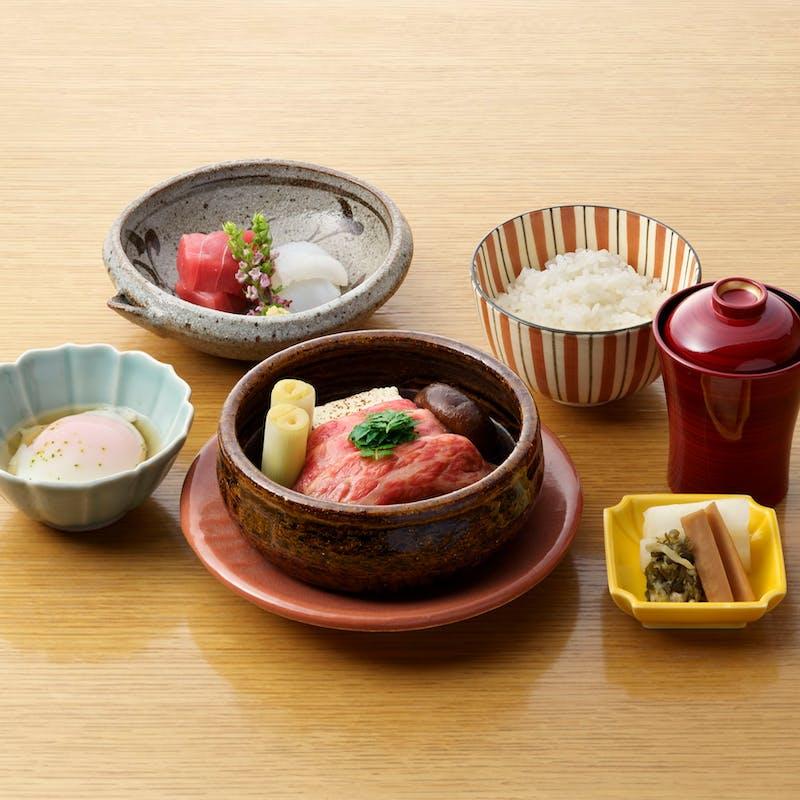 【牛肉すき鍋御膳】