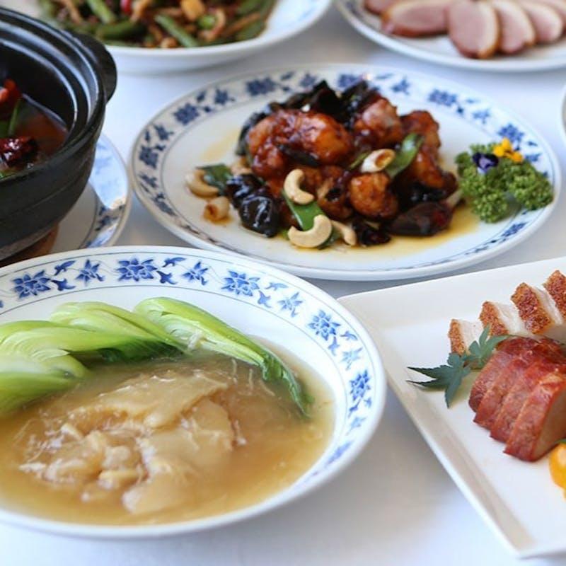 【重慶】季節食材に海鮮やフカヒレなどを使用、本格四川コース全8品+1ドリンク