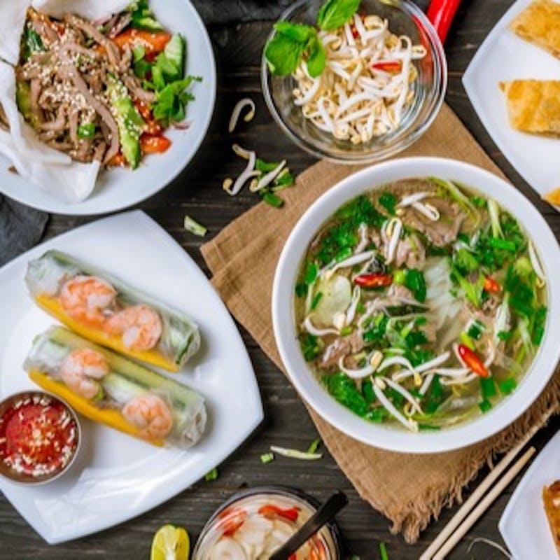 【ランチコース】ベトナム風焼きそばなど選べるお食事全7品+1ドリンク
