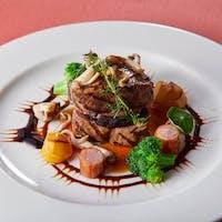 展望レストラン LAPUTA(ラピュタ)/福岡サンパレスホテル&ホール
