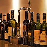 ソムリエ厳選のワインの数々