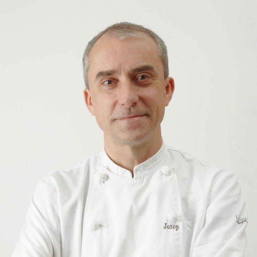 日本におけるスペイン料理界の第一人者ジョセップ・バラオナ・ビニェス氏が監修