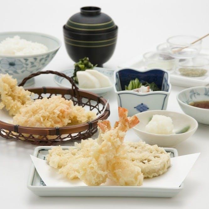 伝統的な天ぷらを発展させる姿勢がつな八流