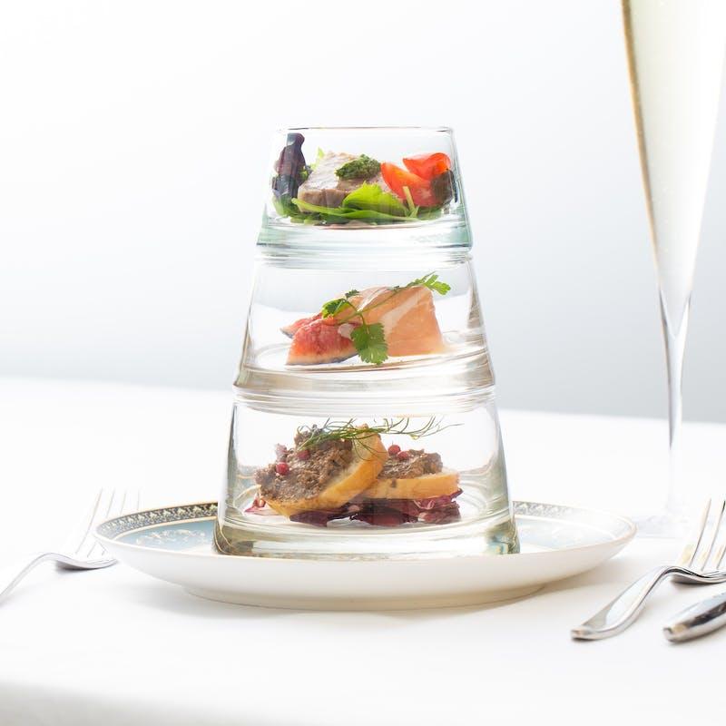 【アニバーサリーコース】 前菜 パスタ2皿 黒毛和牛 デザート全8品+1ドリンク(タイムセール)