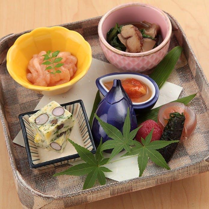 目で楽しみ舌で感じる四季折々の和食