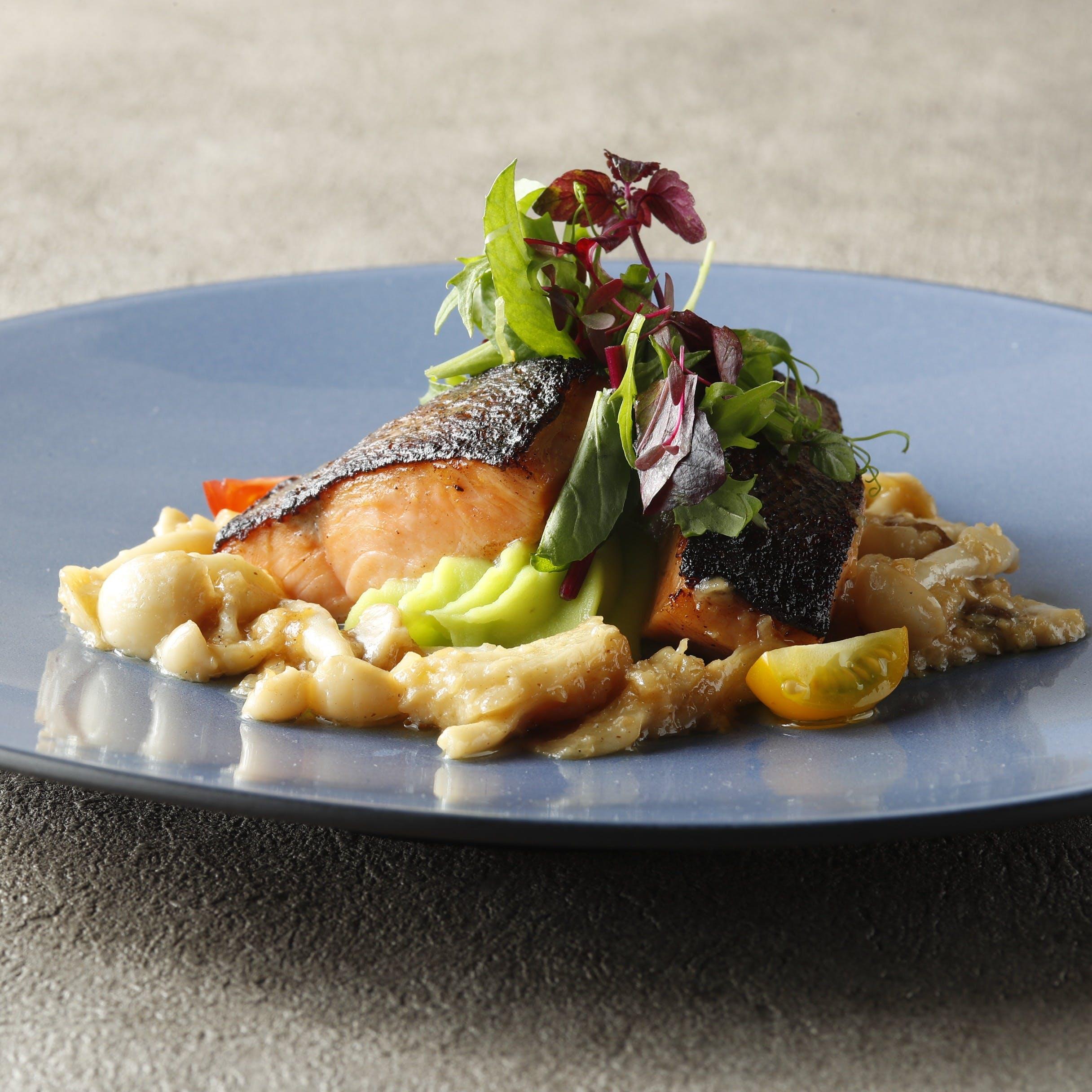 伝統の味を大切にしながら、新しい美味しさにも出会える グリルレストラン