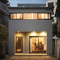 恵比寿の閑静な住宅街にひっそりと佇む一軒家