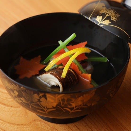 感動の逸品! 季節の彩りと滋味、出汁の旨みがつまる『お椀』