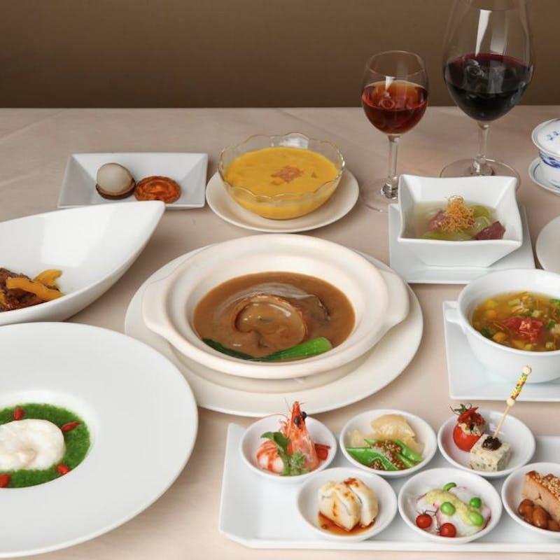 【真珠】季節の前菜と海老の山椒風味、フカヒレの姿煮込みと秋鮭炒飯を堪能