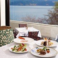 リゾート気分を満喫できるレストラン