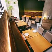 温もりのある空間は食を楽しむとっておきの場所