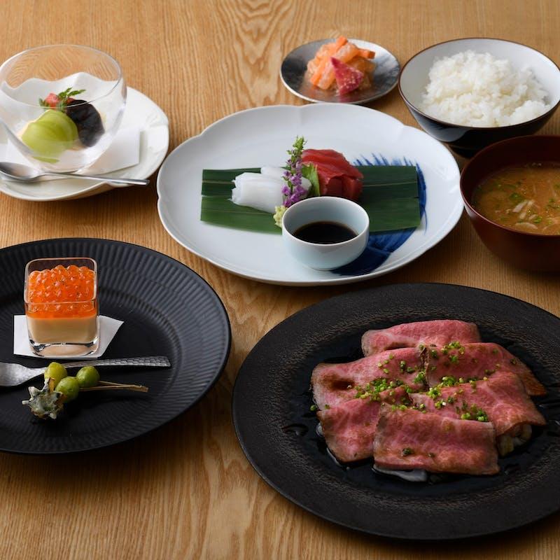 【会席ランチ】前菜、お造り、選べるメイン、お食事、デザートの全5品+乾杯ドリンク