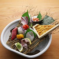 上質で新鮮な博多の食材にこだわった四季折々の和食