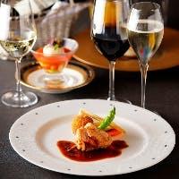 ディナーはカップルの大切な記念日やご接待、グループ会食など多彩なご利用シーンに