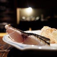 旨味あふれる魚介や土鍋で炊いたつやつやのご飯をご堪能