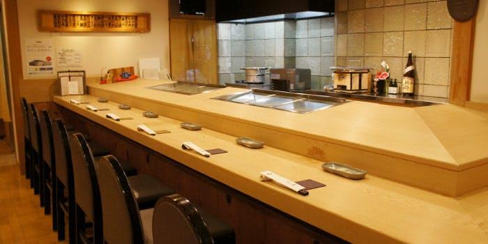 記念日におすすめのレストラン・浅草 すし游の写真1