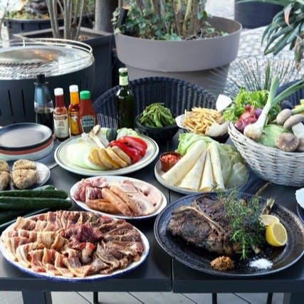 BBQプラン、こたつテラスプランなど季節限定で愉しめるコースが魅了