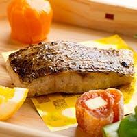魚の可能性を新たに見出す和やかな食空間