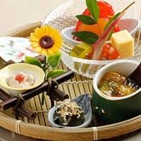 旬食材を使用した季節感じる逸品の数々