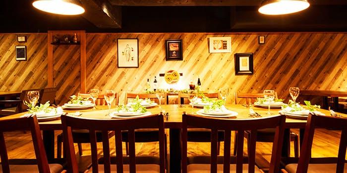 記念日におすすめのレストラン・CHEESE SQUARE AVANTI 新宿店の写真1