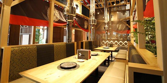 記念日におすすめのレストラン・神戸牛焼肉&生タン料理 舌賛の写真1