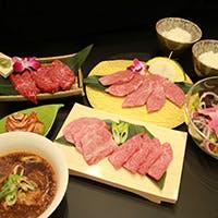 肉に合う厳選ワイン・日本酒を豊富にご用意