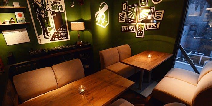 渋谷 道玄坂 宇田川 ヒカリエ おしゃれ カフェ #802 CAFE&DINER 渋谷店 店内 雰囲気