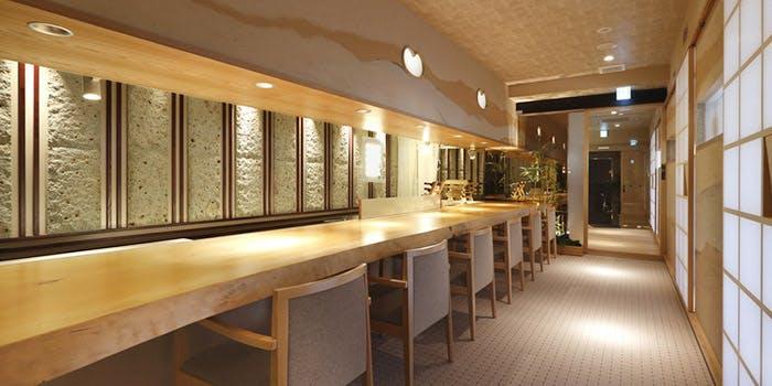 記念日におすすめのレストラン・海峯魯 博多の写真1