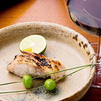 ソムリエによる料理とお酒のペアリングサービス