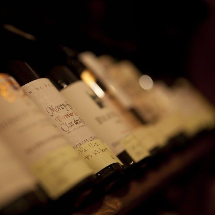料理をさらに美味しくする厳選ワイン