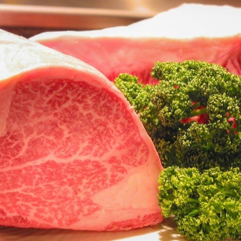 【特上和牛ステーキ】贅沢な食材を使用した極上ステーキを落ち着いた店内で愉しむ~全5品~(100g)