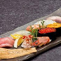 寿司の真骨頂を発揮する熟練した職人技