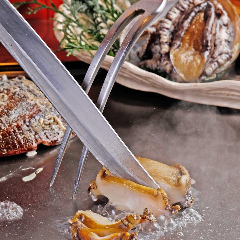 【海鮮&ステーキコース】アワビ、オマール海老、神戸牛など全10品+1ドリンク(神戸ビーフサーロイン80g)