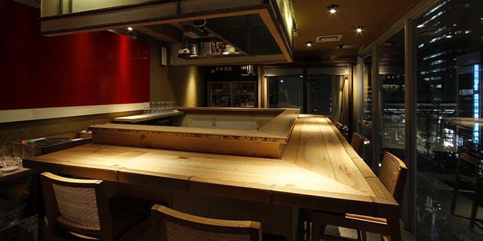 記念日におすすめのレストラン・中目黒 牡蠣入レ時の写真1