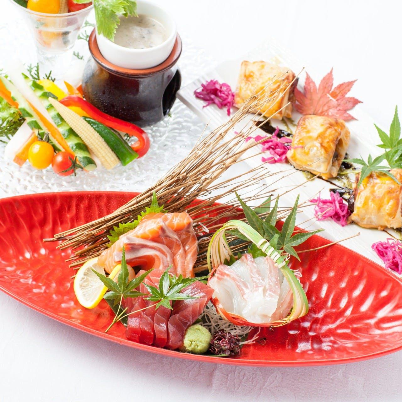 和洋創作料理は彩り鮮やかに