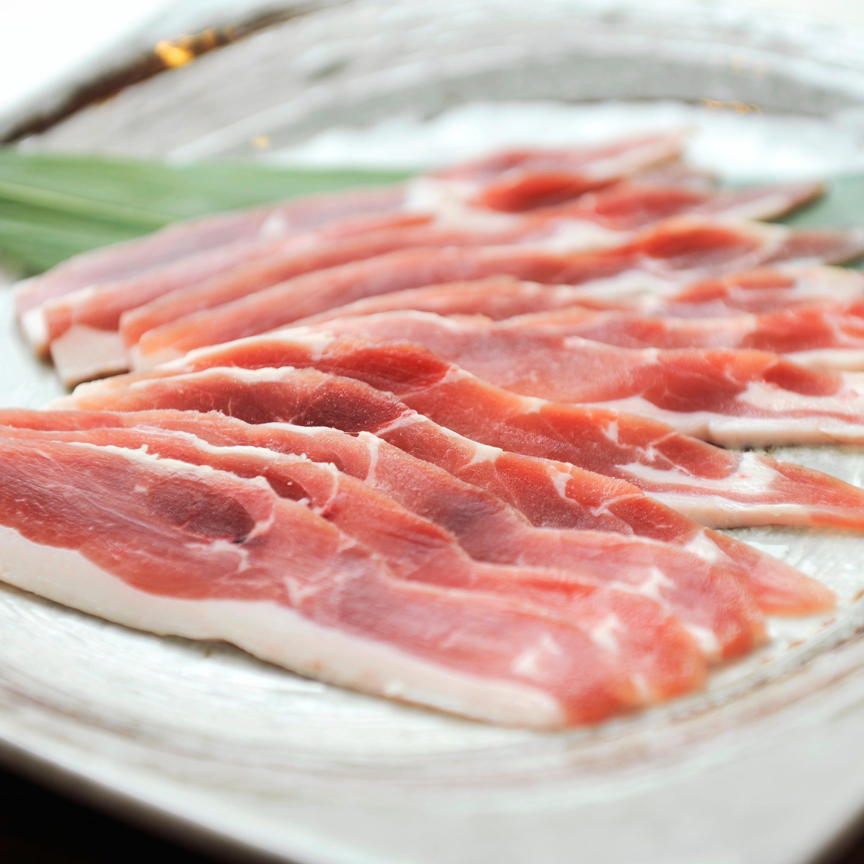 鉄分豊富・ブランド鴨を使用した豊富な鴨料理