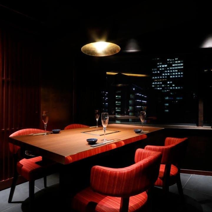 接待・デート・宴会など幅広いシーンでご利用頂ける大小個室